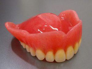ゆるい!合わない!痛い!そんな時は入れ歯の リフォームをしましょう③